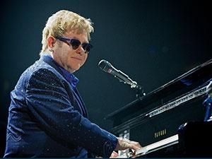 Elton-John-tour-photo
