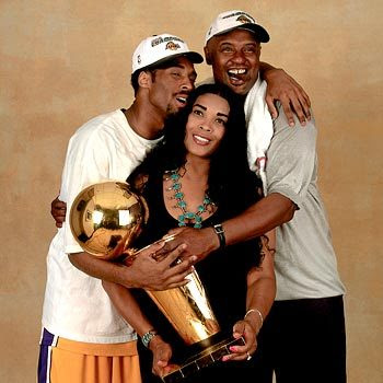 kobe-and-parents